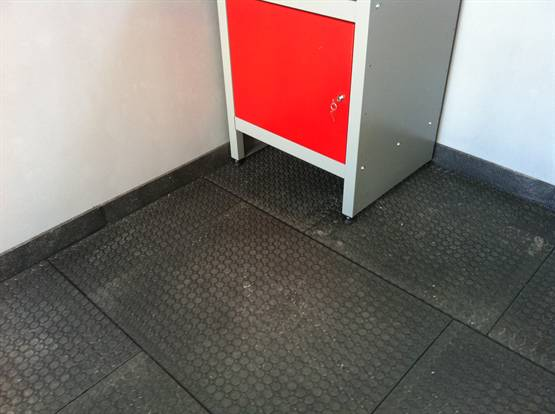 Podlaha do garáže cena